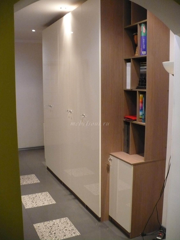 Шкаф с книжными полками - шкафы с распашными дверями - наши .